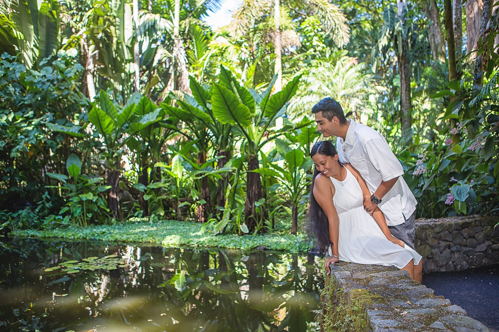 hawaii tropical botanical garden engagement photo session - hilo hawaii - big island engagement photographer