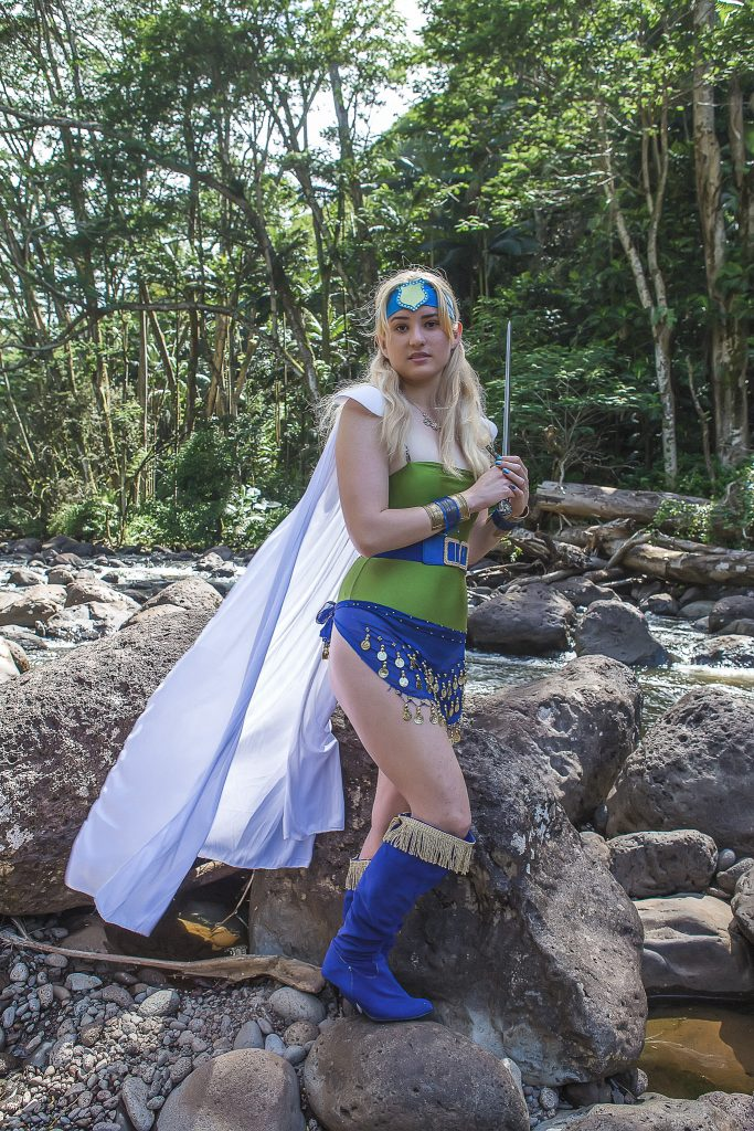 Hawaii Cosplay photography Young woman in cosplay outfit with sword kolekole peach park