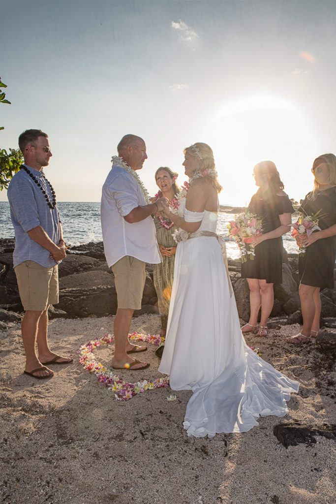 Ceremony with officiant Simple kona beach weddings becky ringler Intimate wedding Photography old airport park Kailua-kona big island Hawaii