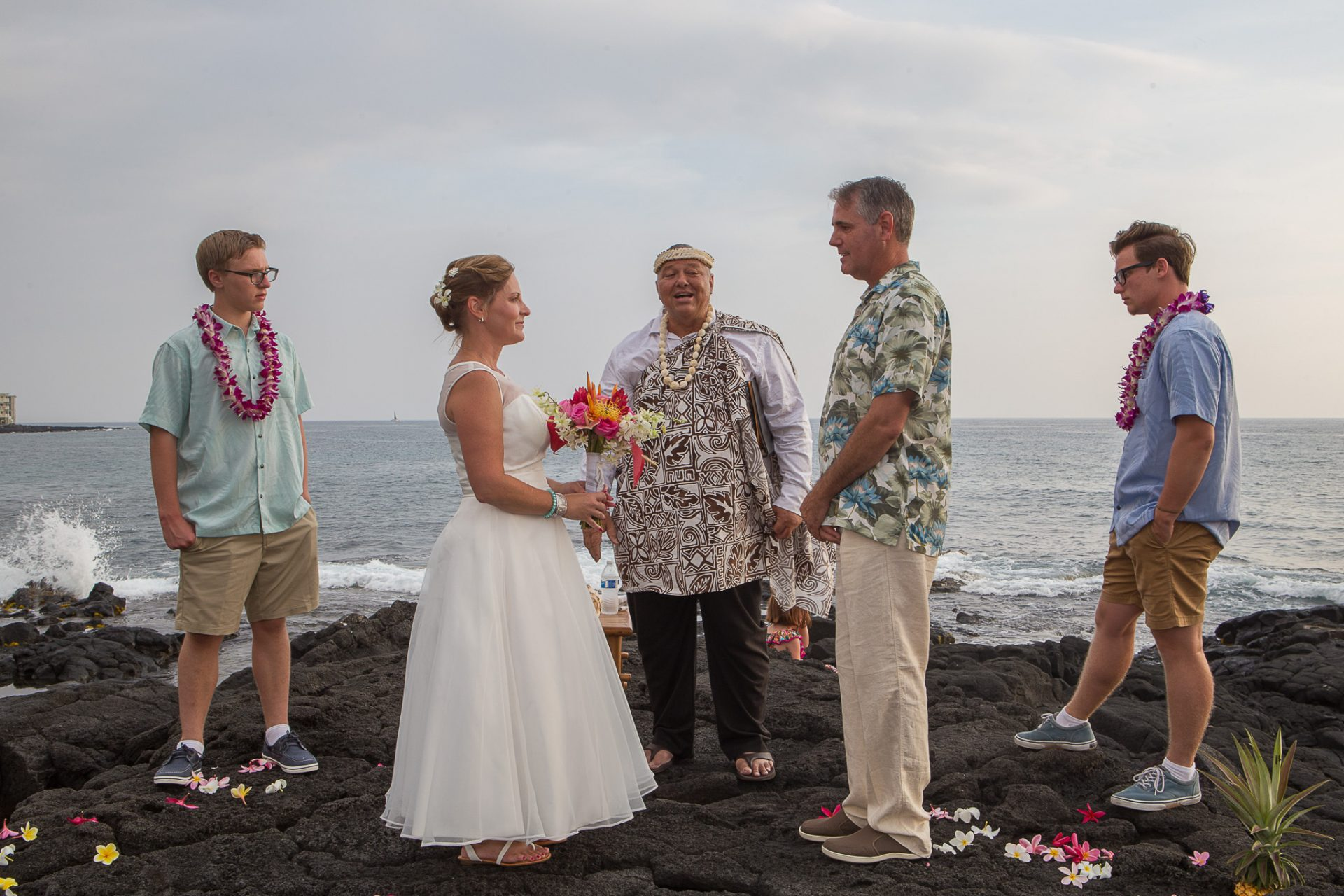 Marriage Ceremony Kona oceanside