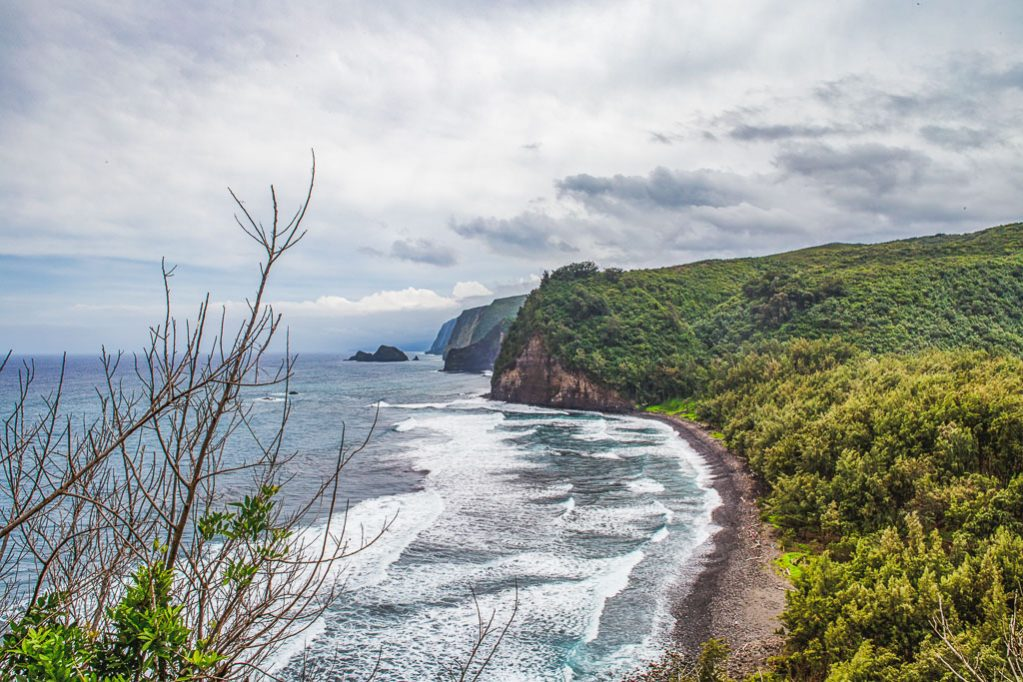 Pololu Valley Hike - Big Island Hawaii Adventure photographer
