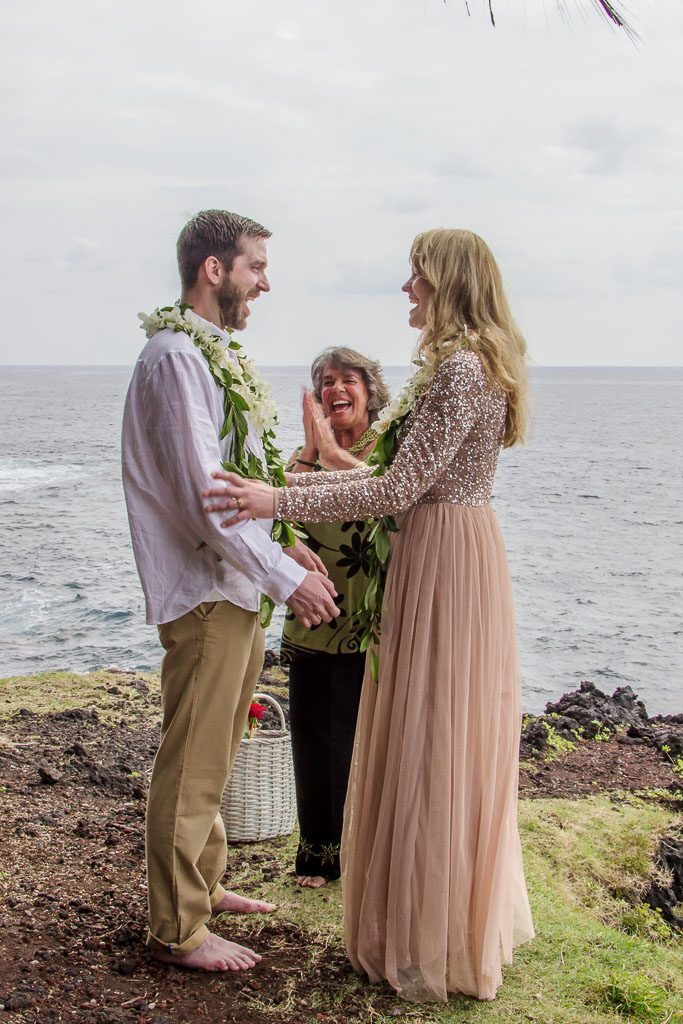 Amy and Austins Hawaii adventure elopement Beyond the Box Photography Debi Buck 223