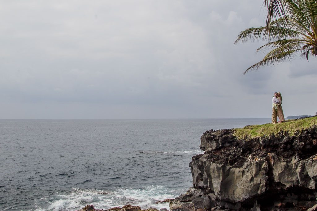Amy and Austins Hawaii adventure elopement Beyond the Box Photography Debi Buck 267