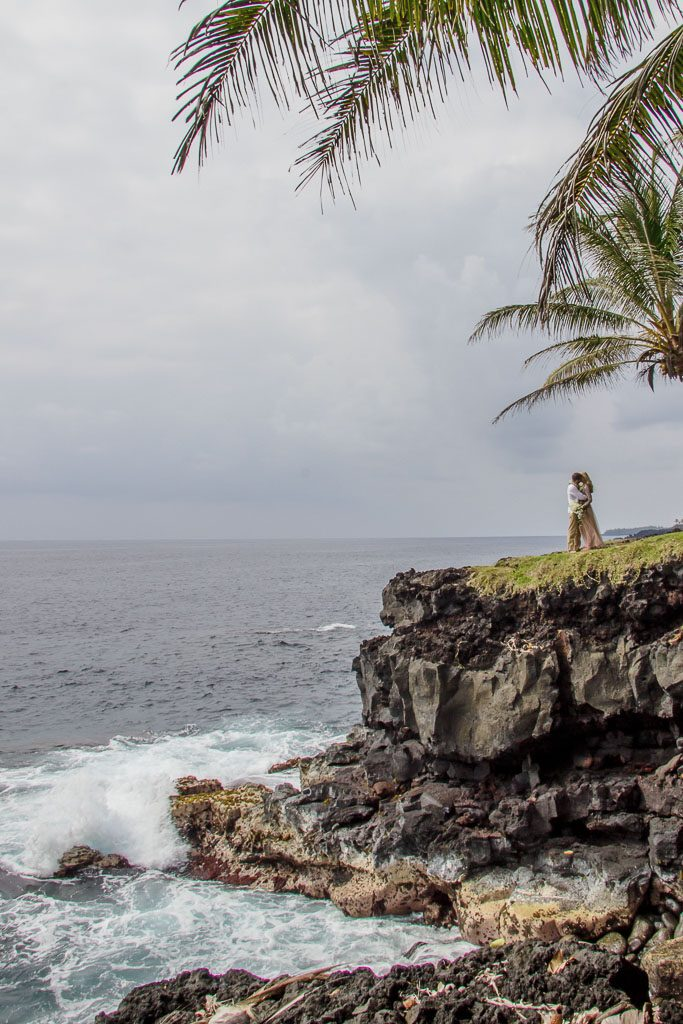 Amy and Austins Hawaii adventure elopement Beyond the Box Photography Debi Buck 271